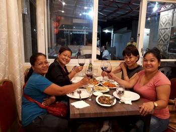 Dinner with Elvie, Em-em and Elisa.jpg
